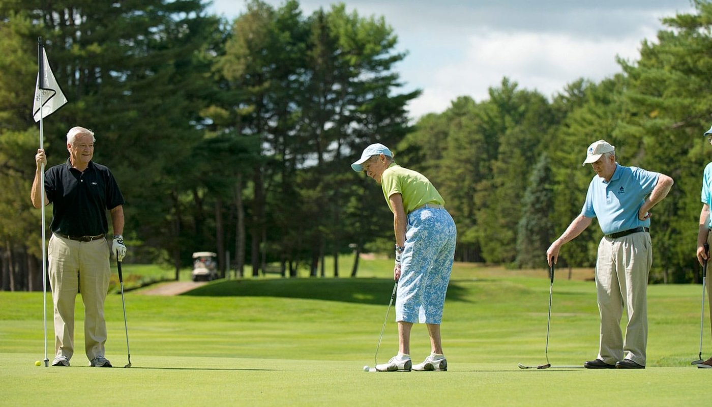 Retirement at it's best! Thornton Oaks' residents at the Brunswick golf course.