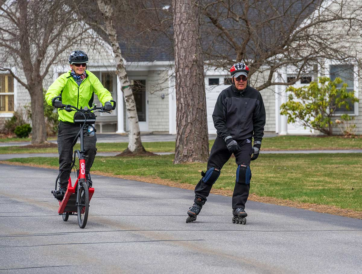 Thornton Oaks residents enjoy biking and rollerblading
